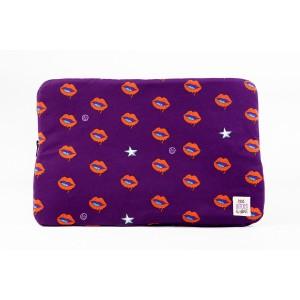 """Bleecker Lips Purple Laptop Case 17"""""""